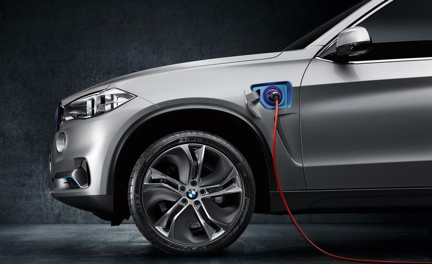 BMW X5 Plug-In Hybrid - Slide 19