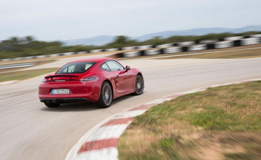2015 Porsche Cayman GTS - Slide 12