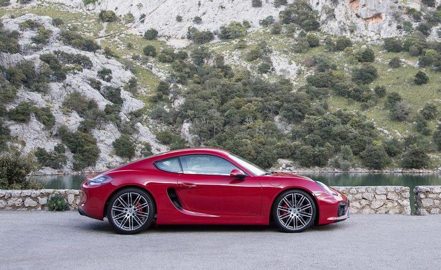 2015 Porsche Cayman GTS - Slide 21