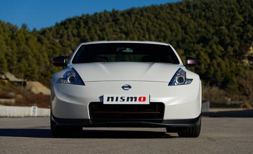 2015 Nissan 370Z NISMO and Nissan GT-R NISMO GT500 Super GT race car - Slide 5