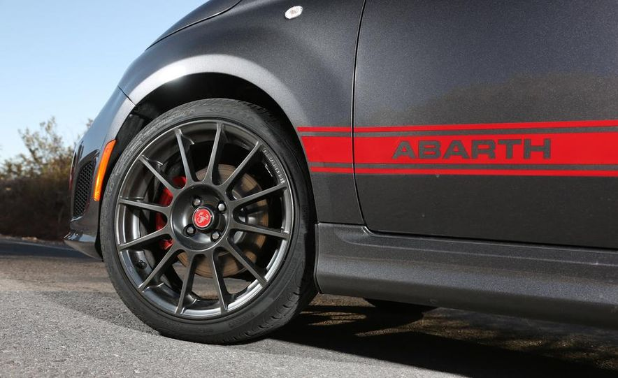 2014 Ford Fiesta ST, 2014 Mini Cooper S Hardtop, and 2014 Fiat 500 Abarth - Slide 17