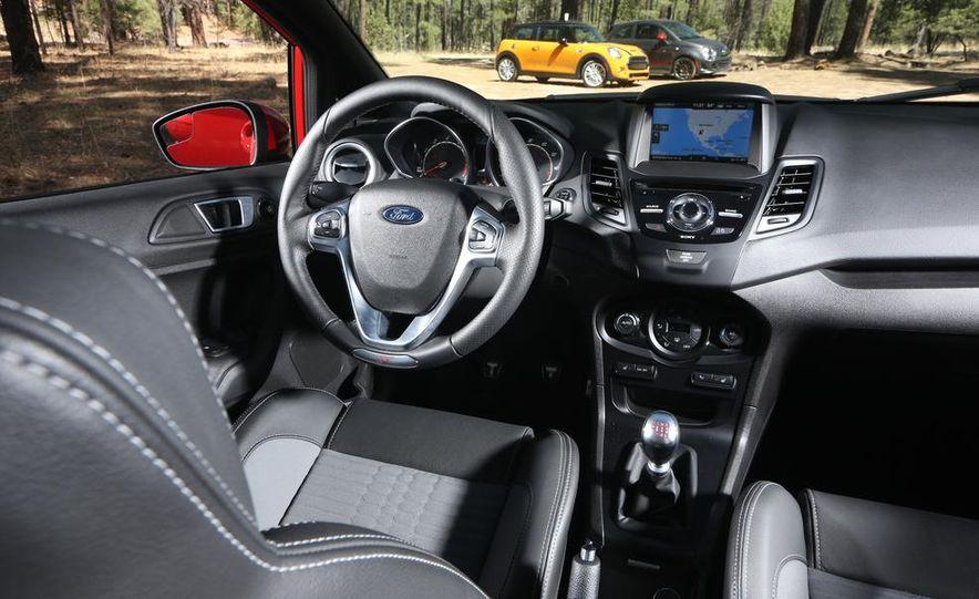 2014 Ford Fiesta ST, 2014 Mini Cooper S Hardtop, and 2014 Fiat 500 Abarth - Slide 61