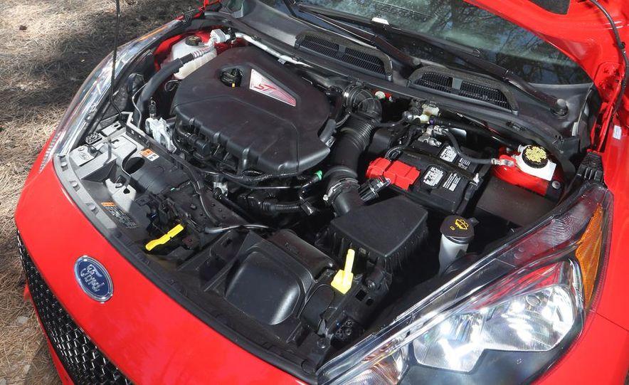 2014 Ford Fiesta ST, 2014 Mini Cooper S Hardtop, and 2014 Fiat 500 Abarth - Slide 69