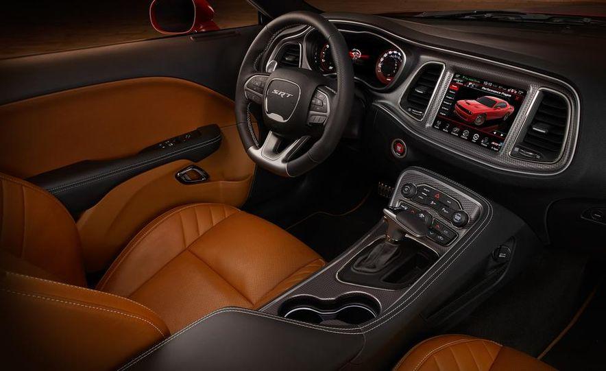 2015 Dodge Challenger SRT Hellcat and Challenger SRT - Slide 16