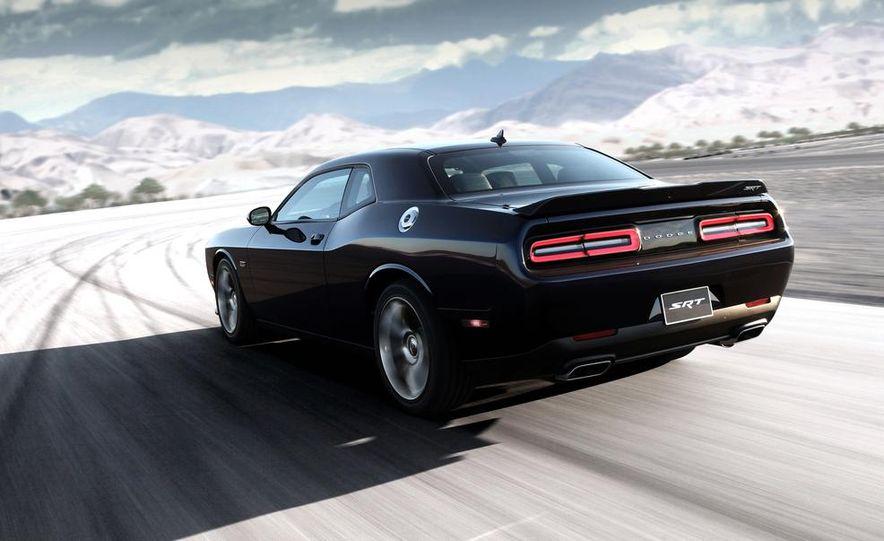 2015 Dodge Challenger SRT Hellcat and Challenger SRT - Slide 29