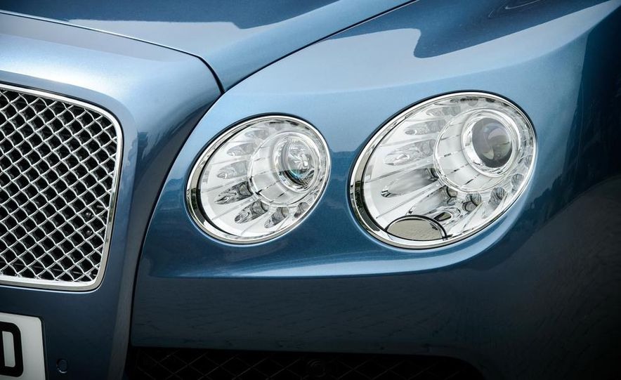2015 Bentley Flying Spur V8 (Euro-spec) - Slide 19