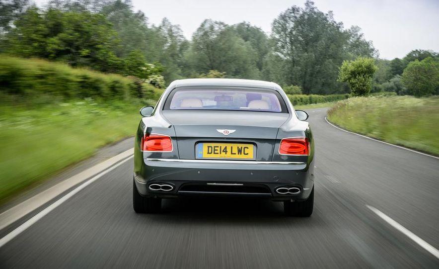 2015 Bentley Flying Spur V8 (Euro-spec) - Slide 87
