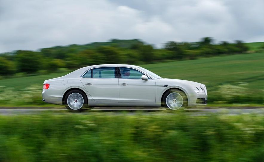 2015 Bentley Flying Spur V8 (Euro-spec) - Slide 105