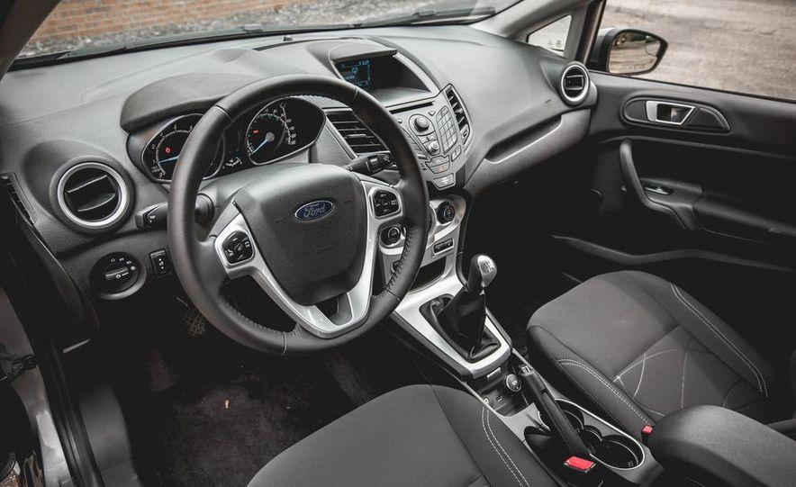 2014 Ford Fiesta 1.0L EcoBoost SFE sedan - Slide 23