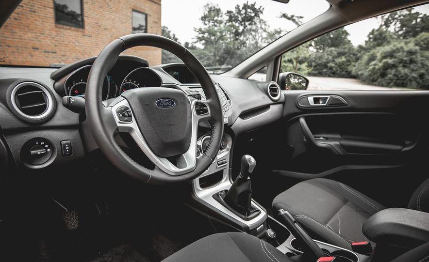2014 Ford Fiesta 1.0L EcoBoost SFE sedan - Slide 24