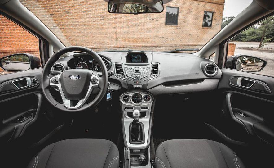 2014 Ford Fiesta 1.0L EcoBoost SFE sedan - Slide 25