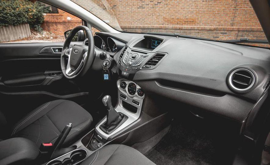 2014 Ford Fiesta 1.0L EcoBoost SFE sedan - Slide 26