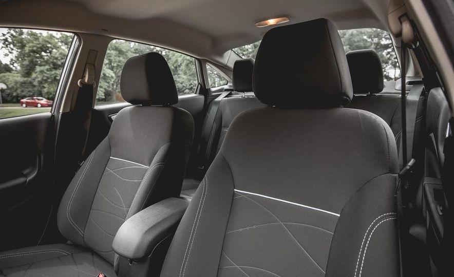2014 Ford Fiesta 1.0L EcoBoost SFE sedan - Slide 29