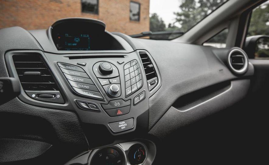 2014 Ford Fiesta 1.0L EcoBoost SFE sedan - Slide 38