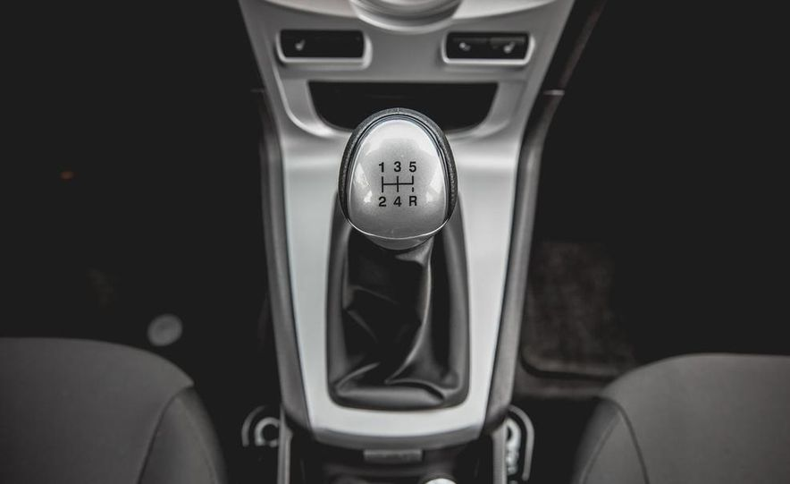 2014 Ford Fiesta 1.0L EcoBoost SFE sedan - Slide 46