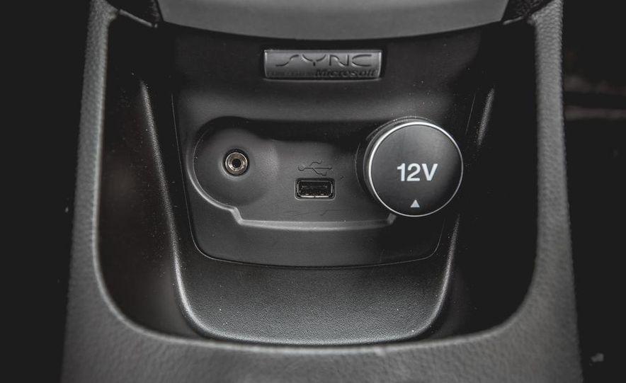 2014 Ford Fiesta 1.0L EcoBoost SFE sedan - Slide 47