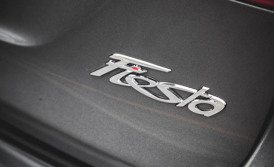 2014 Ford Fiesta 1.0L EcoBoost SFE sedan - Slide 22