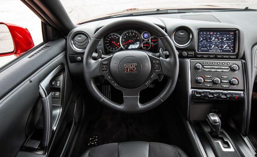 2015 Nissan GT-R - Slide 34