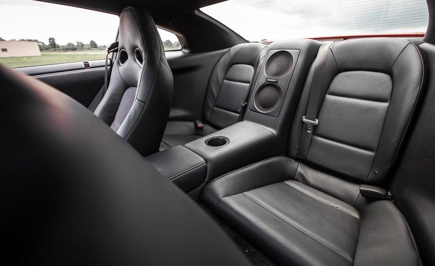 2015 Nissan GT-R - Slide 39