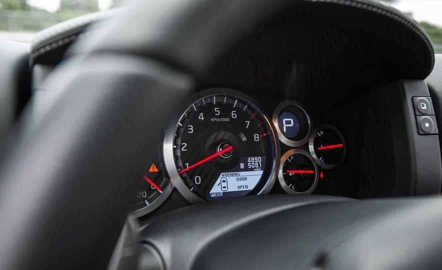 2015 Nissan GT-R - Slide 46