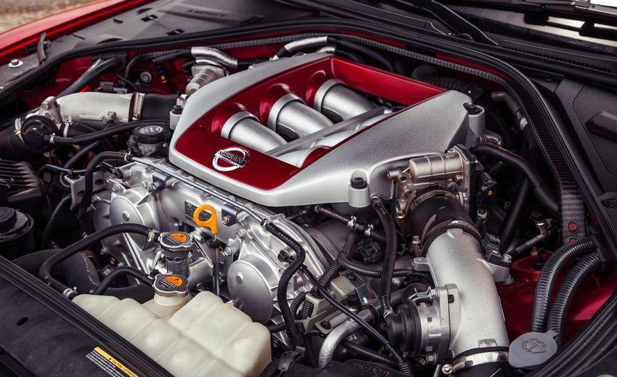 2015 Nissan GT-R - Slide 52