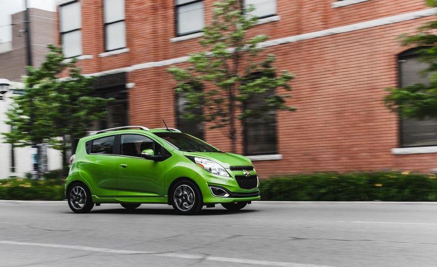 2014 Chevrolet Spark - Slide 1
