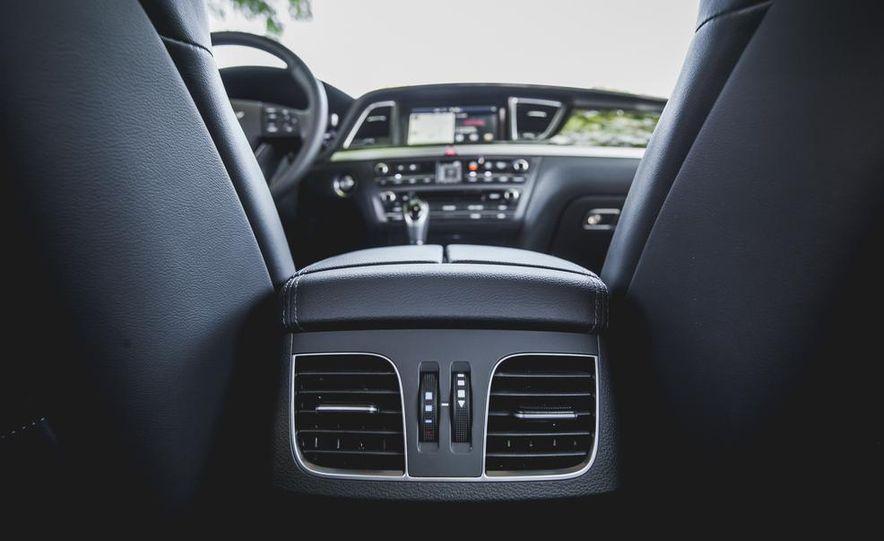 2015 Hyundai Genesis 3.8 sedan - Slide 50