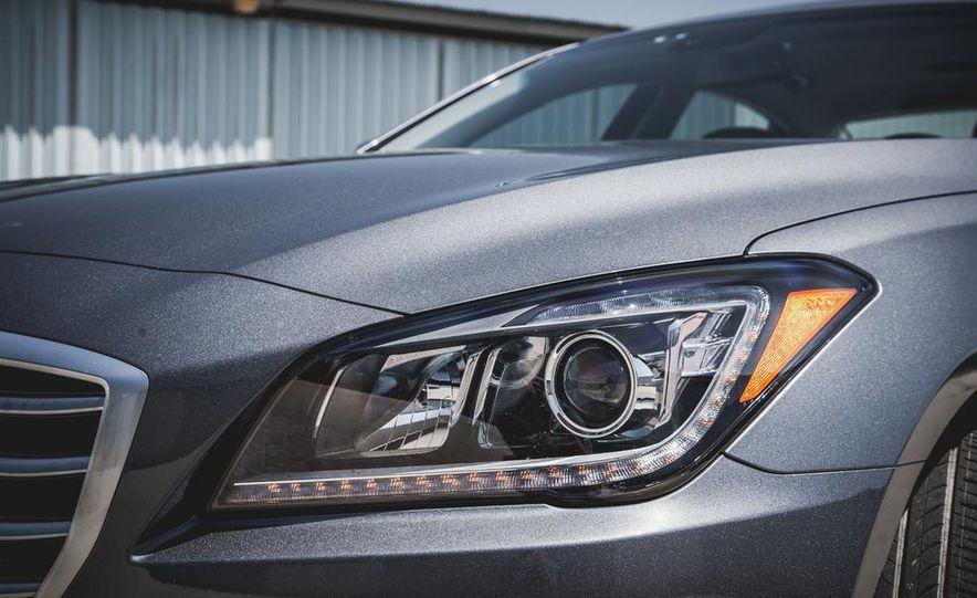 2015 Hyundai Genesis 3.8 sedan - Slide 21