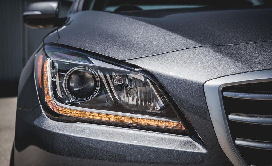 2015 Hyundai Genesis 3.8 sedan - Slide 22