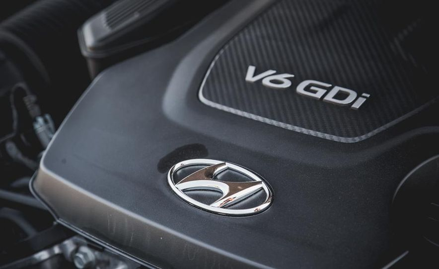 2015 Hyundai Genesis 3.8 sedan - Slide 54