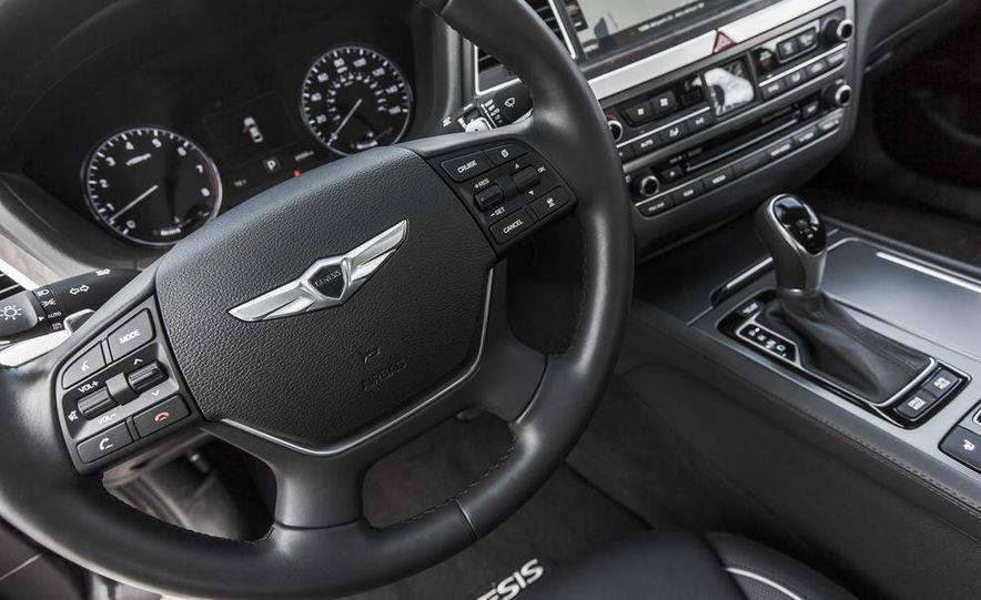 2015 Hyundai Genesis 3.8 HTRAC sedan - Slide 39