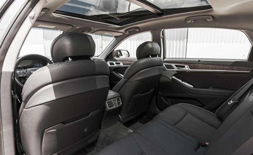 2015 Hyundai Genesis 3.8 HTRAC sedan - Slide 55