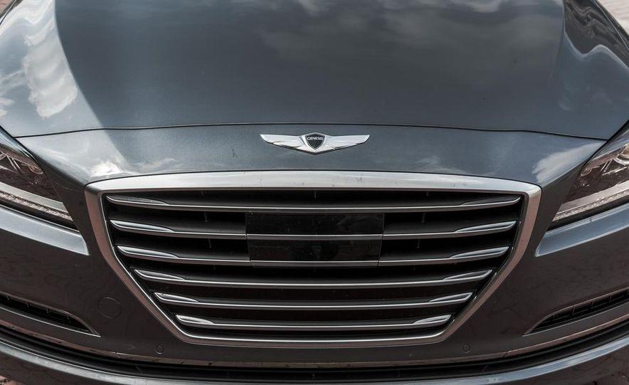2015 Hyundai Genesis 3.8 HTRAC sedan - Slide 21