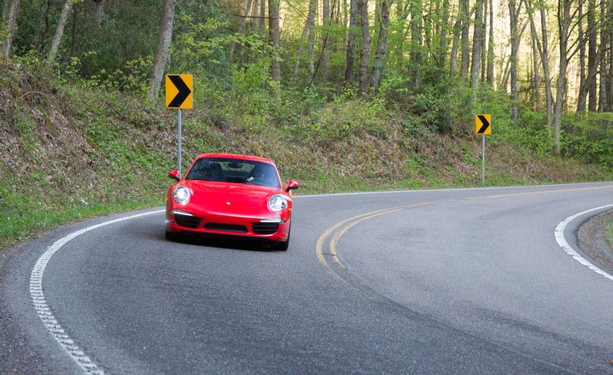 2014 Porsche 911 Carrera and 2015 BMW M4 coupe - Slide 20