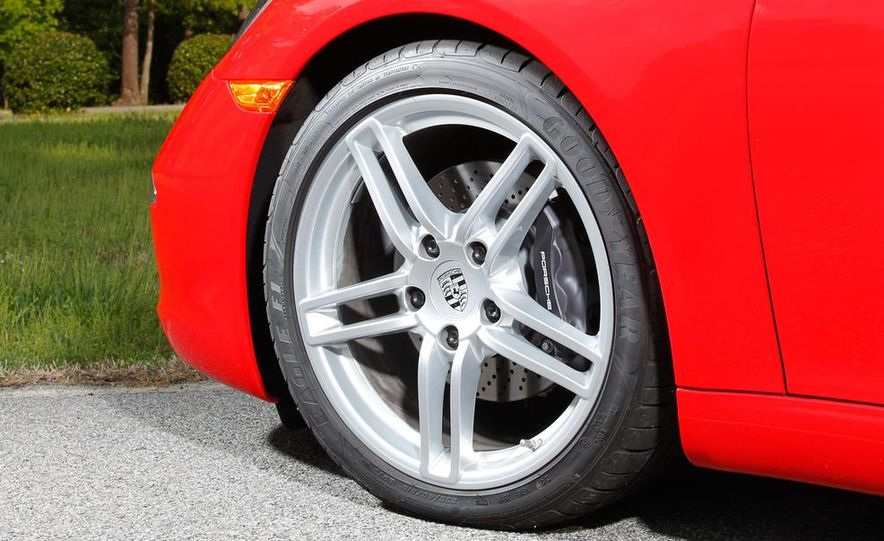 2014 Porsche 911 Carrera and 2015 BMW M4 coupe - Slide 30