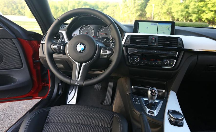 2014 Porsche 911 Carrera and 2015 BMW M4 coupe - Slide 58