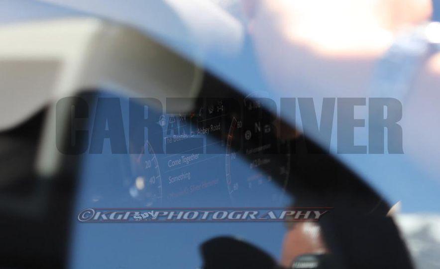 2016 Bentley SUV (spy photo) - Slide 21