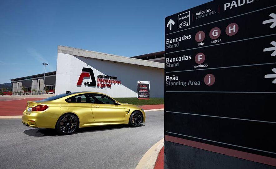2015 BMW M4 coupe - Slide 30