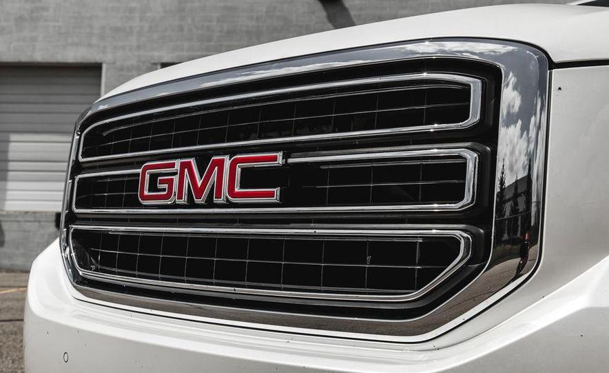 2015 GMC Yukon SLT - Slide 9