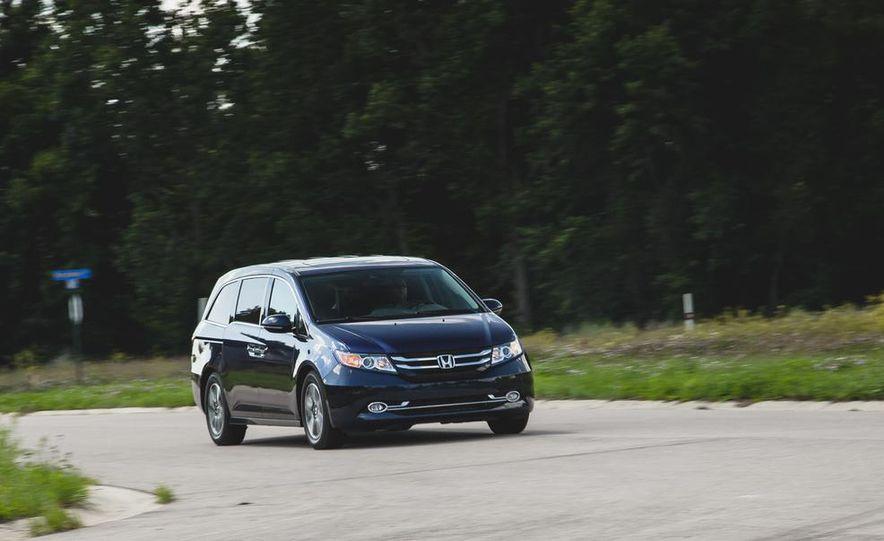 2014 Honda Odyssey Touring Elite - Slide 1