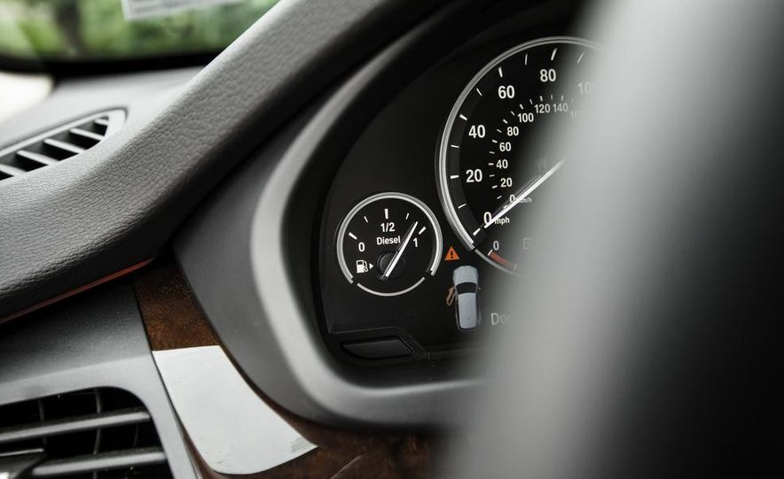 2014 BMW X5 xDrive35d - Slide 46
