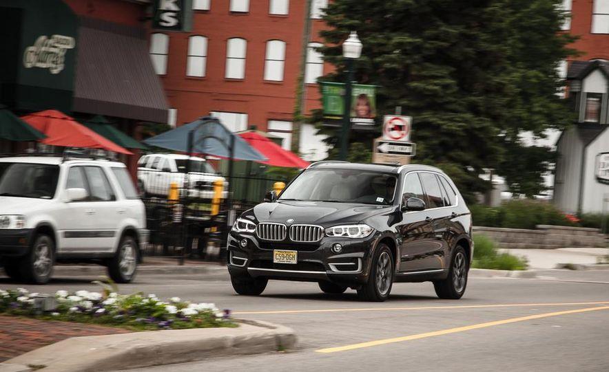 2014 BMW X5 xDrive35d - Slide 1