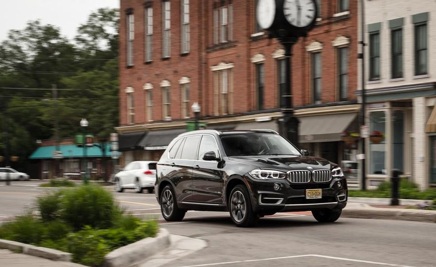 2014 BMW X5 xDrive35d - Slide 5