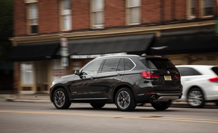 2014 BMW X5 xDrive35d - Slide 8
