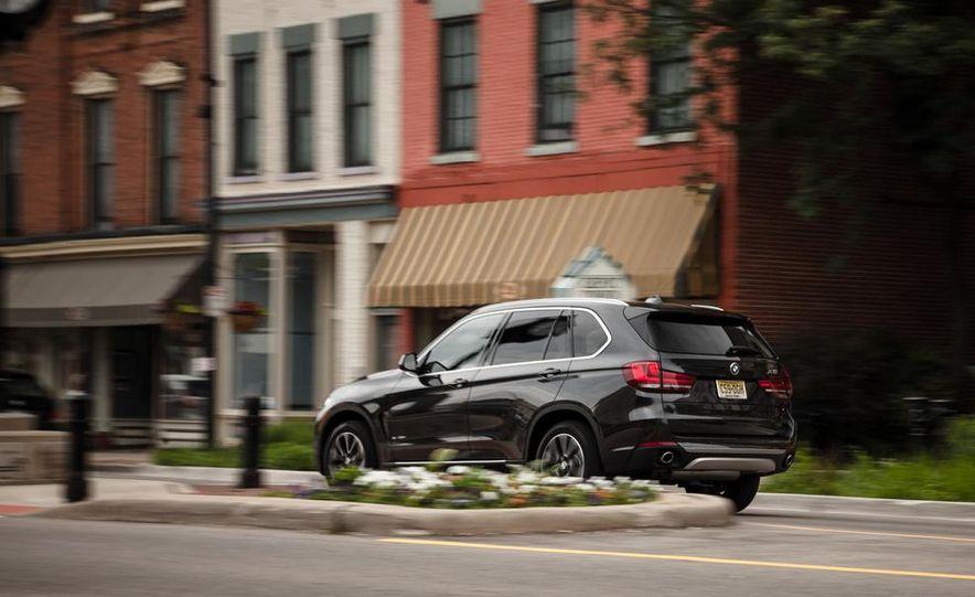 2014 BMW X5 xDrive35d - Slide 9