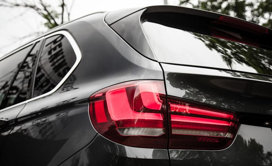 2014 BMW X5 xDrive35d - Slide 20