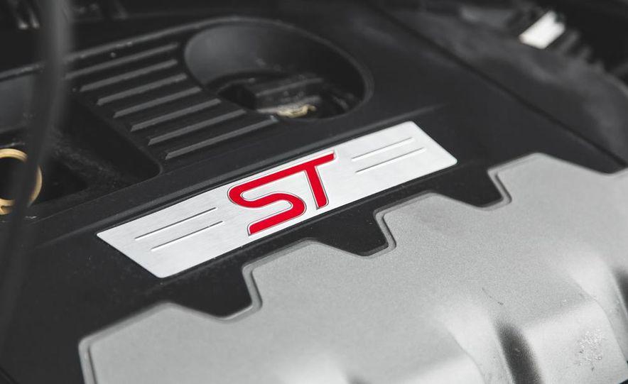 2016 Ford Focus RS hatchback (spy photo) - Slide 55