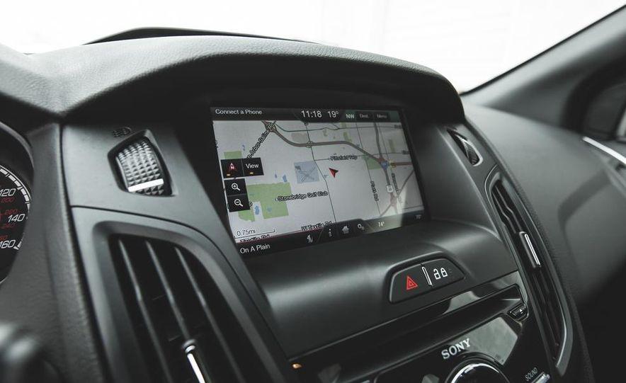 2016 Ford Focus RS hatchback (spy photo) - Slide 43