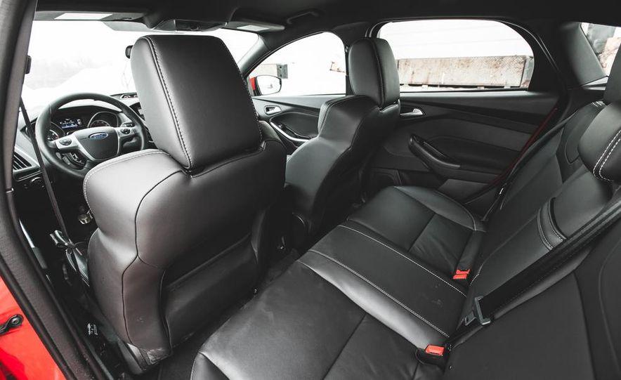 2016 Ford Focus RS hatchback (spy photo) - Slide 37