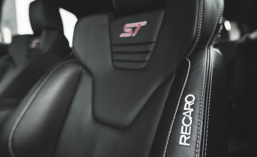 2016 Ford Focus RS hatchback (spy photo) - Slide 51